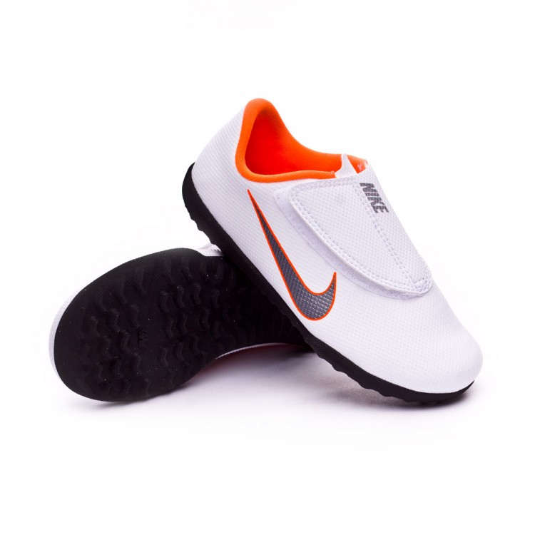 Gastos ocio Demostrar  Football Boot Nike Kids Mercurial VaporX XII Club PS Velcro Turf  White-Metallic cool grey-Total orange - Tienda de fútb…   Kids football  boots, Football boots, Nike