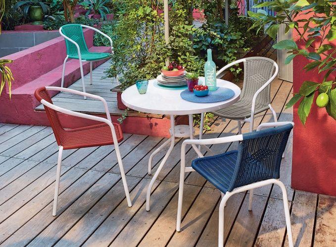 Mobilier Rouge Pour Un Jardin Eclatant Chaise De Jardin Mobilier Jardin Parasol Rouge