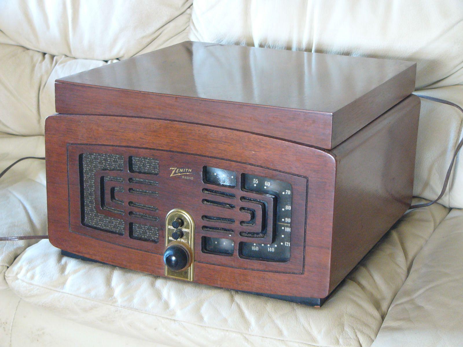 Vintage Art Deco Zenith Radio Record Player Walnut Case 1946 1947 Radio Record Player Vintage Art Deco Radio