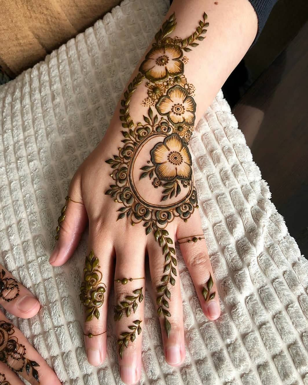 42 Trendy Henna Tattoo Design Ideas To Try In 2020 Mehndi Designs Henna Tattoo Designs Latest Mehndi Designs