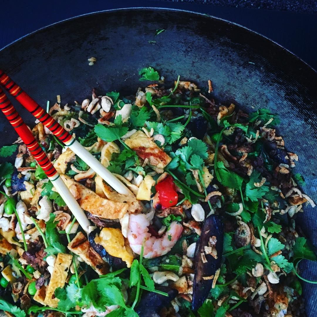 The stir fry - the ultimate way to use leftovers and create a deliciously healthy meal or snack #real food #lovefoodhatewaste