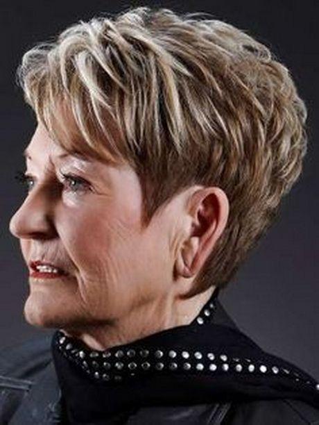 Tagli di capelli per donne di 70 anni