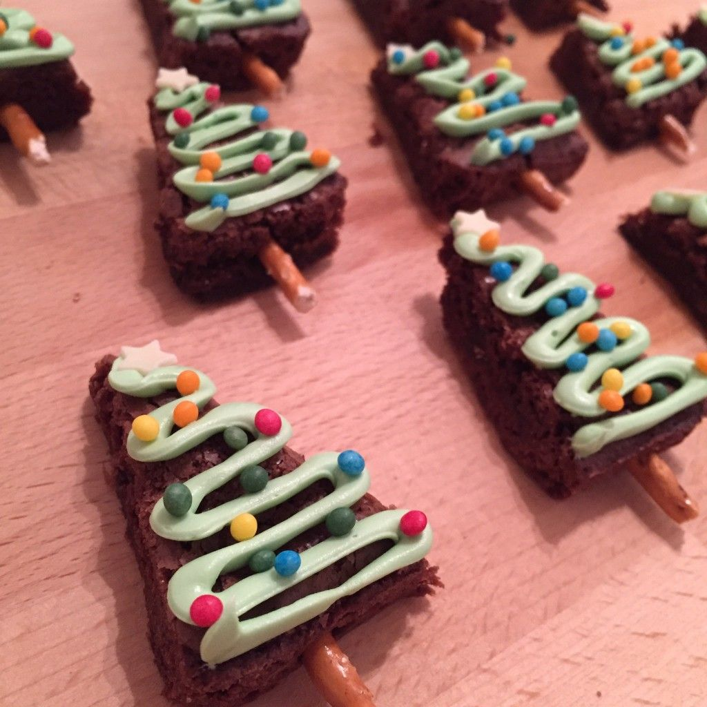 Zig zag piped with green frosting and sprinkles