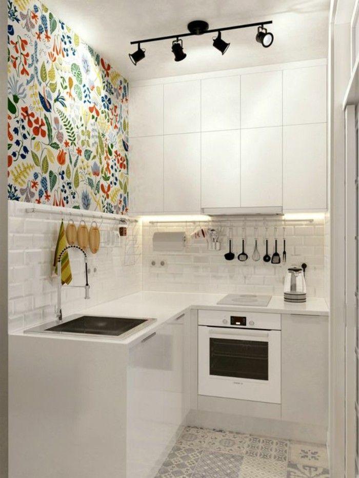alcune idee piccola casa, con la cucina angolare bianca e parte ...