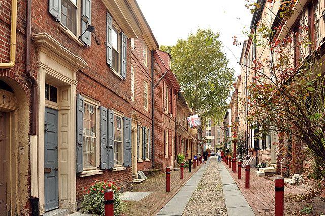Elfreth S Alley Philadelphia Philadelphia Attractions Philadelphia Tours New Urbanism