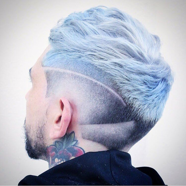 New Hairstyles for Men: Neckline Hair Design http://www.menshairstyletrends.com/new-hairstyles-for-men-neckline-hair-design/ haircuts can can be as simple or complex as you like.  #menshair #menshairtrends #hairdesign #hairtattoo #necklinehairdesign #fade #taper #coolhairstylesformen #newhairstylesformen #haircuts #neckline