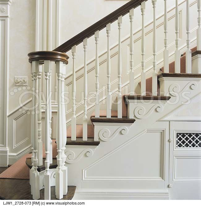 STAIRWAYS: Close Up Of Classic Georgian Style Bannister And ..