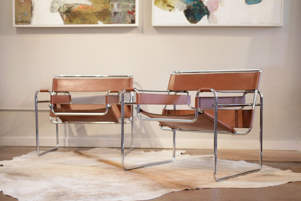 Marcel Breuer Was An Apprentice At The Bauhaus When He Began. Exposition  Famous Design Black Leather Sofa ...