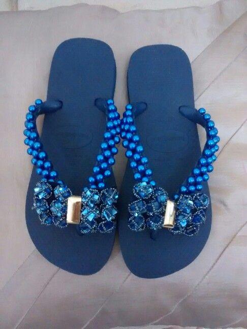 b5d052949 Chinelo azul | chinelos | Chinelos decorados, Chinelo de perolas e ...