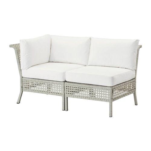 IKEA - KUNGSHOLMEN / KUNGSÖ, 2-sits soffa, utomhus, ljusgrå/vit, , Genom att kombinera flera olika sitssektioner kan du skapa en soffa i en form och storlek som passar just din utomhusplats.Sittdynan ger extra hög komfort tack vare den generösa stoppningen av högelastiskt skum.Stoppningen skyddas mot fukt tack vare ett vattenavvisande skydd på fodralets insida.Fodralet är enkelt att hålla rent och fräscht eftersom du kan ta av det och maskintvätta det.Dynan håller längre eftersom du kan…