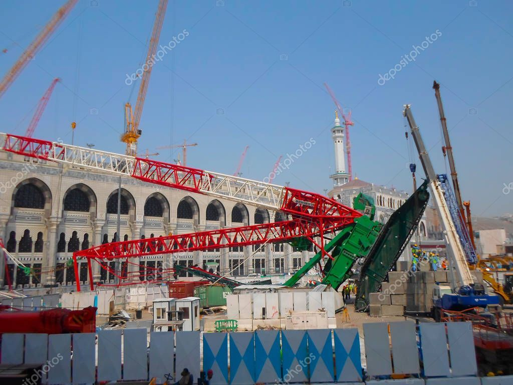 Mecca Saudi Arabia November 2017 Pilgrims Surrounds Area Giant Crane Stock Photo Aff November Pilgrims Mecca Saudi Ad Giant Crane Pilgrim Mecca