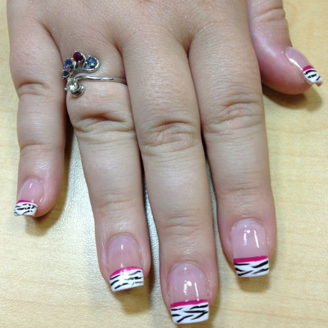 Nail Art Theresa Jiannotti At Hello Gorgeous Salon And Day Spa In
