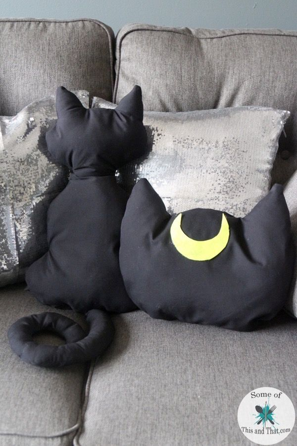 Diy Luna Pillow Pillows Pinterest Diy Pillows Diy And Pillows