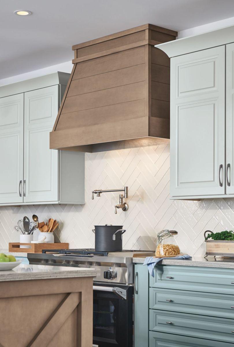 Omega Offers Wood Range Hoods Kitchen Range Hood Kitchen Hood Design Honey Oak Cabinets
