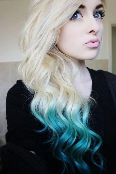 Curly Blonde Hair With Light Blue To Dark Blue Tips Perfect Duckface Turquoise Hair Blue Ombre Hair Dip Dye Hair