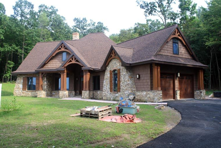 House Plan 65862 Tuscan Style With 2091 Sq Ft Tuscan House Plans Tuscan House Lake House Plans