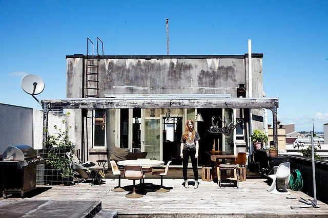 Stylist and vintage shop keeper's home in Australia.  Gorgeous!