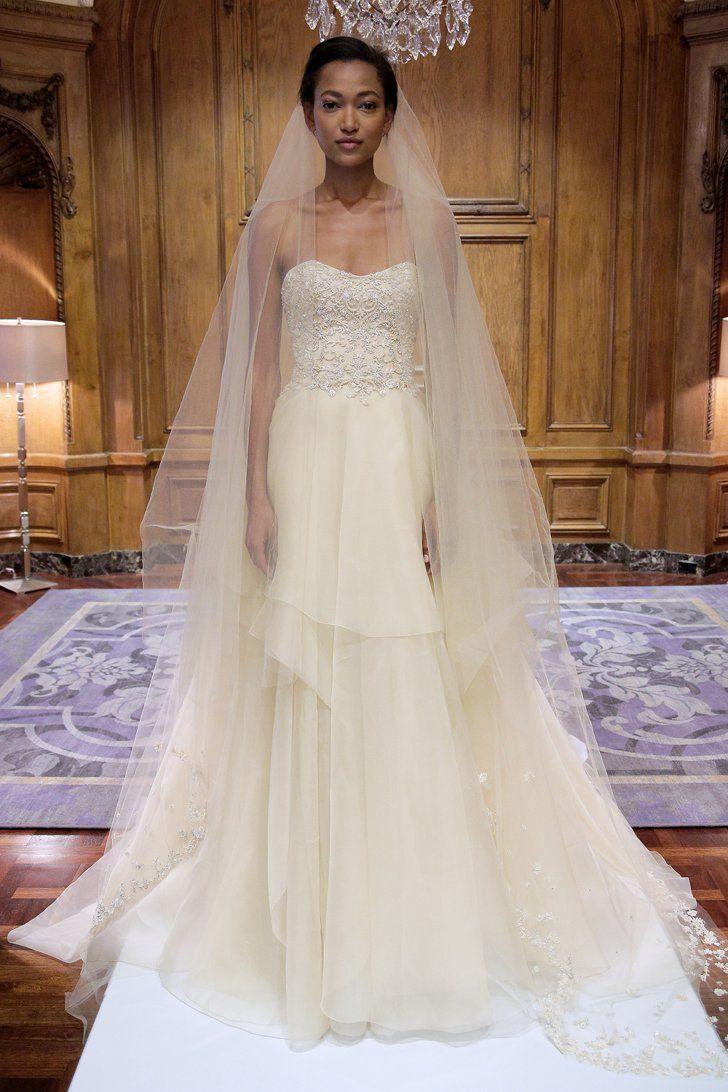 Pin for Later: Die 100 besten Hochzeitskleider der Brautmodenschauen Marchesa Brautmode Herbst 2015