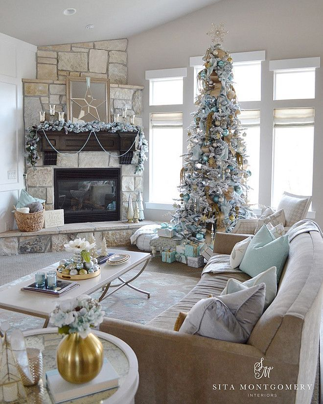 Corner fireplace with a vaulted ceiling | Christmas ...