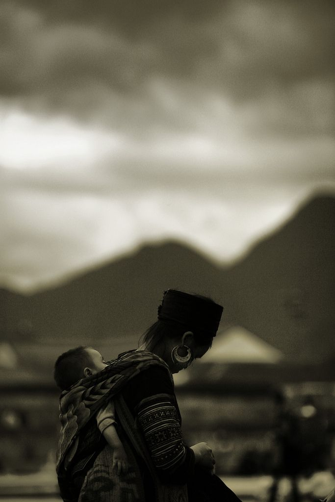 aurorae:  People in Sapa (by milano_vn)