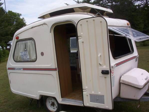 CADET CAMPER   Rvs for sale, Fiberglass camper, Vintage ...