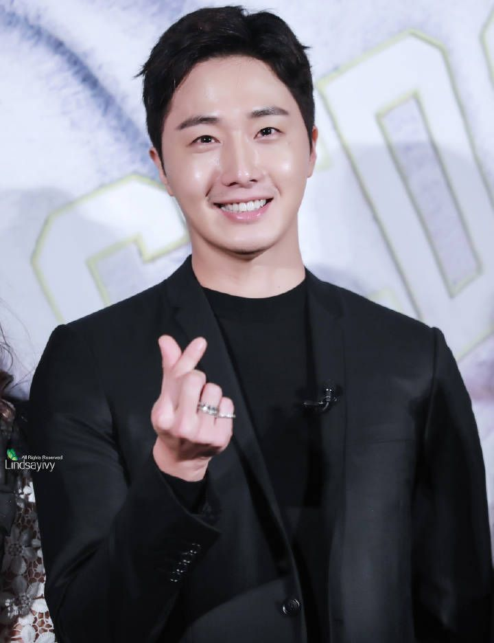 "Jung IL Woo ^^ ""Star Shop"" presscon"