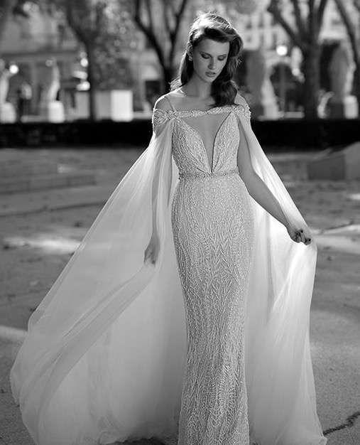 Tendencias de boda 2017: Vestidos de novia con capa [FOTOS]   (10/41) | Ellahoy