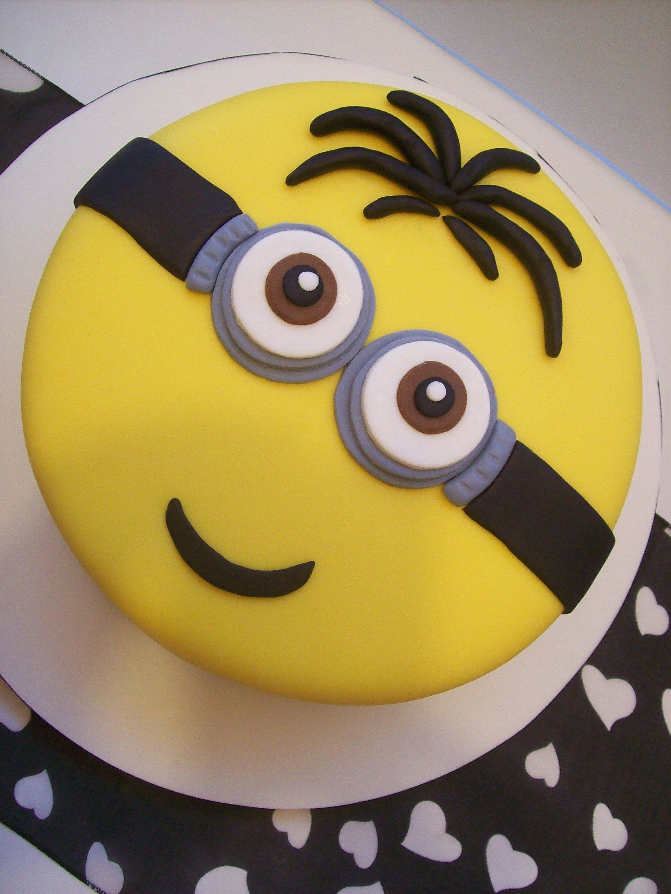 8 Inch Minions Cake Auckland 179 Delivered Only