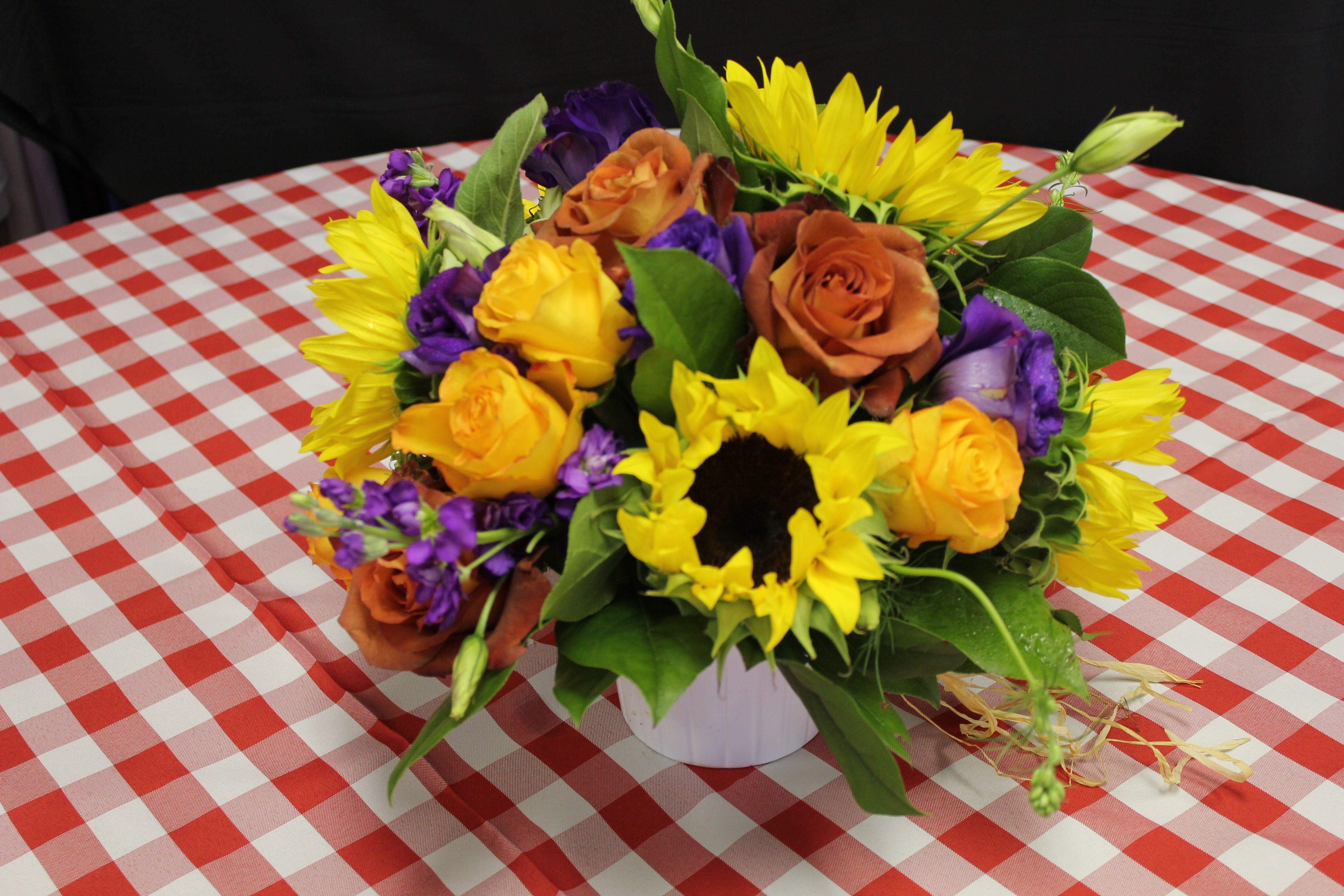 #floral #flowers #arrangement #centerpiece #sunflower