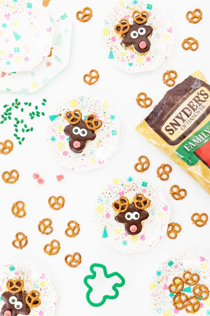 Cute reindeer cakes for Christmas Parties. Reindeer
