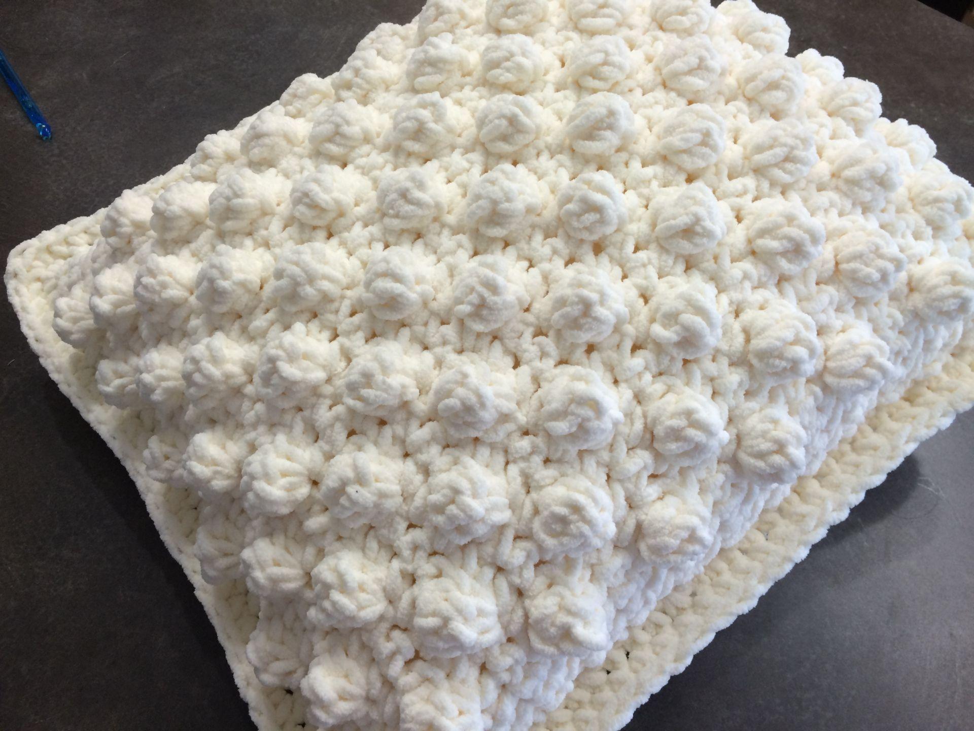 Patterns Using Bernat Blanket Yarn Magnificent Decorating
