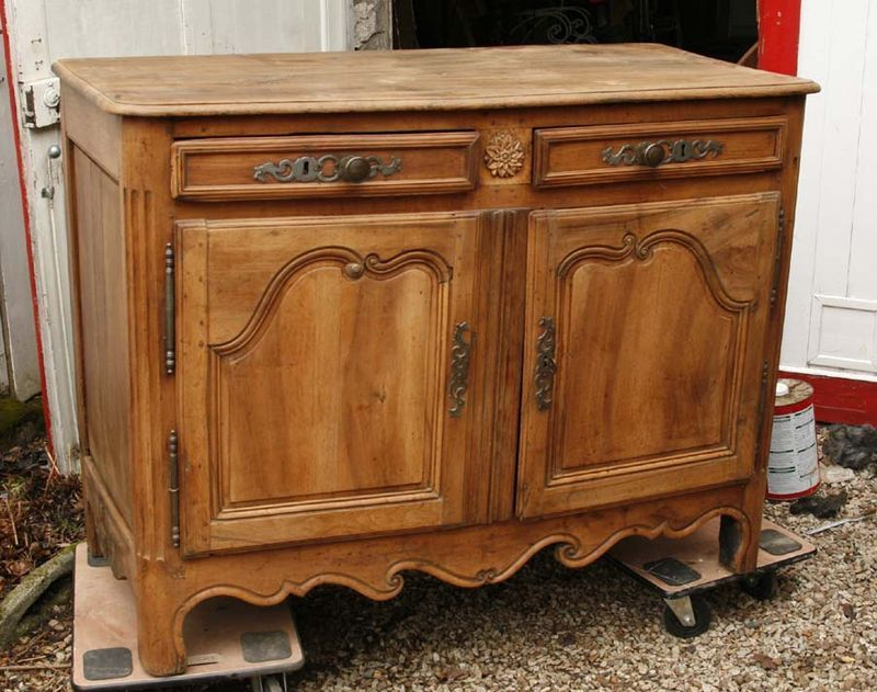_buffet en noyer décapé Deco maison Pinterest - Comment Decaper Un Meuble