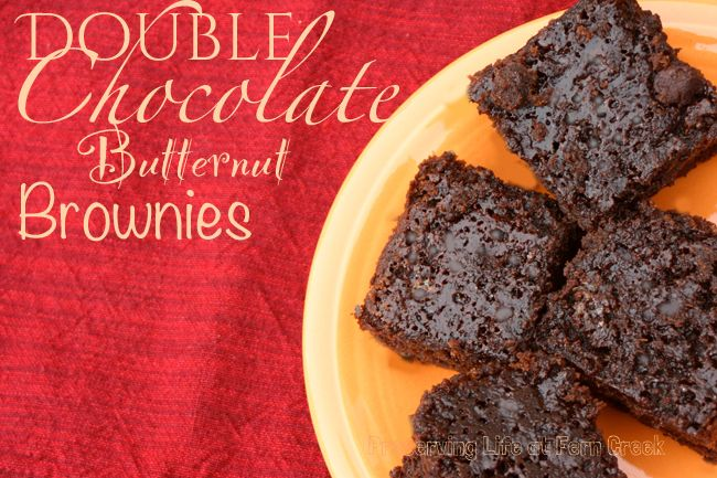 Double chocolate butternut squash brownies: healthy (for brownies) and just when made with fair trade cocoa and baking chips!