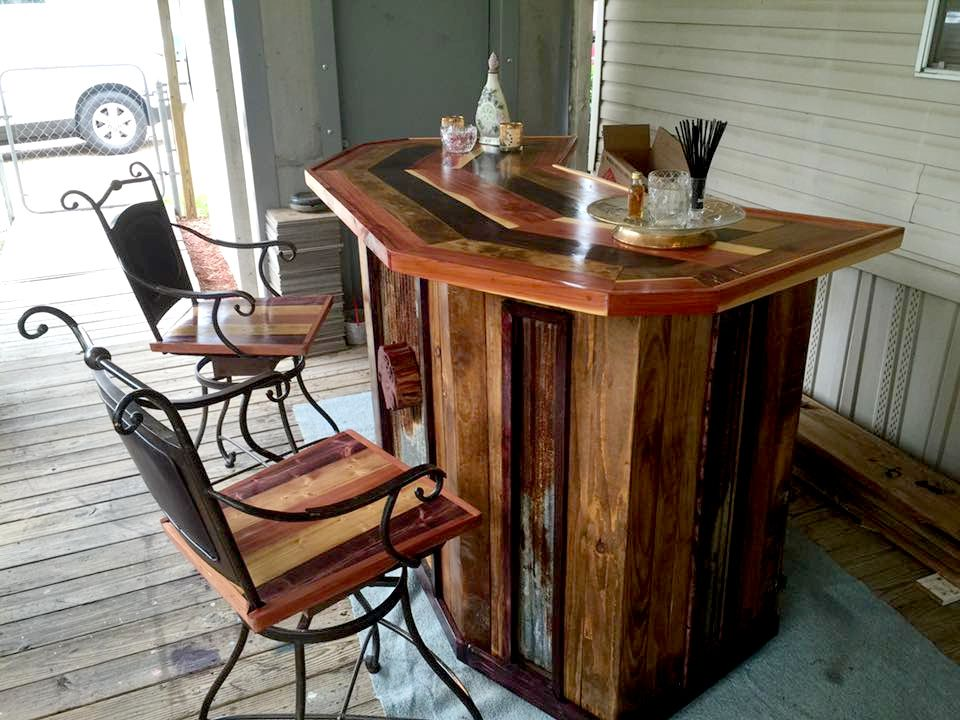 diy wood bar. DIY Pallet Wood  Bar With Chairs 101 Ideas Home