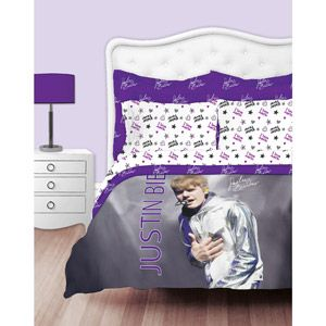 ...I am not sure I want my preteen daughter sleeping atop Justin Bieber's face. ._.
