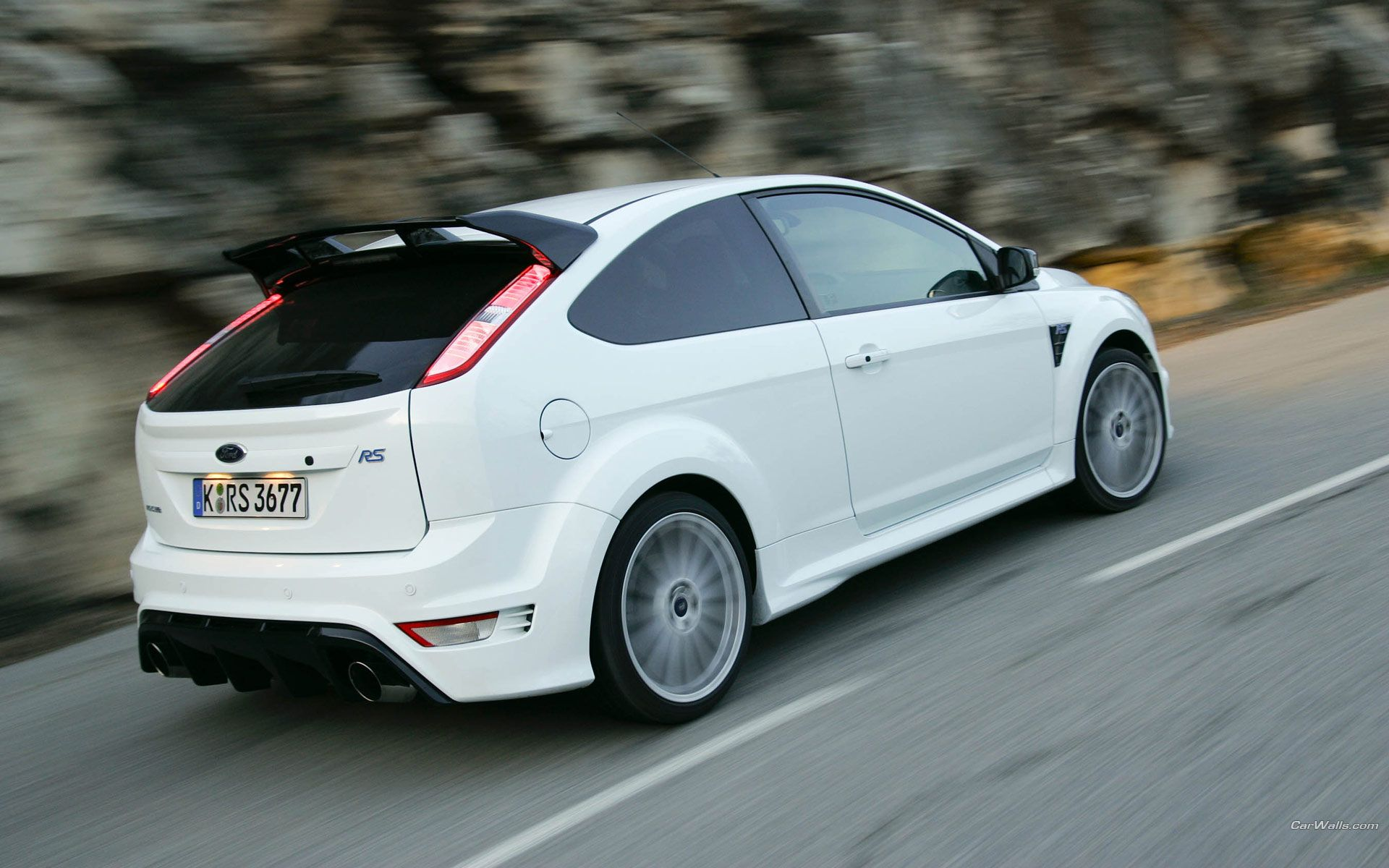 ford focus st electric orange in good company of ford focus rs in ultimate green ford focus st tuning pinterest ford focus focus rs and ford