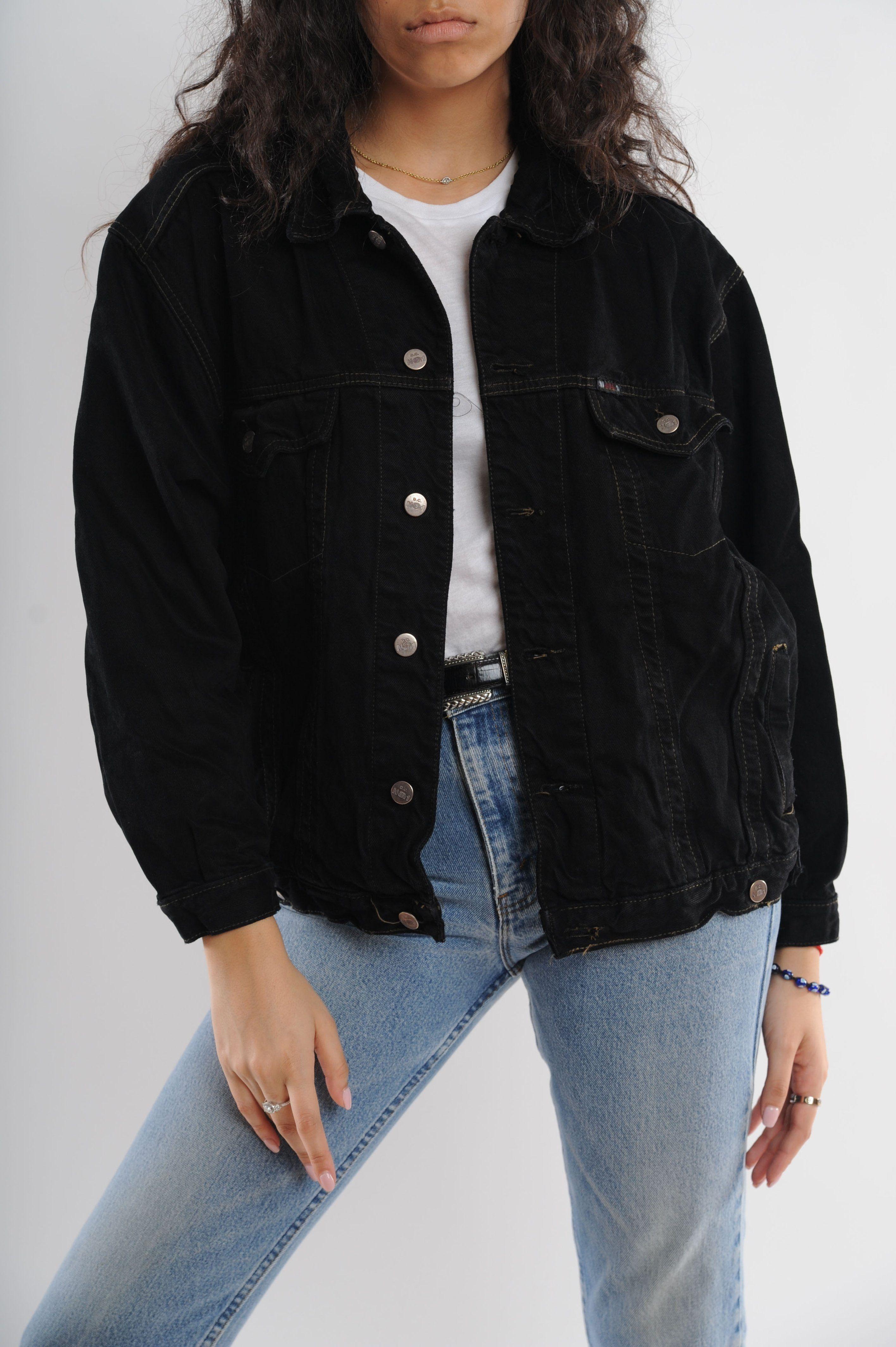 Black Denim Jacket Black Denim Jacket Outfit Jacket Outfit Women Black Ripped Jeans Outfit [ 4256 x 2832 Pixel ]