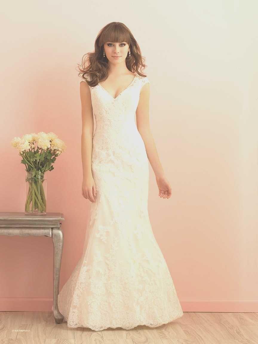 Back of wedding dress  Best Of Open Back Wedding Dresses Plus Size  Beach weddings