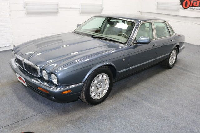 2000 Jaguar Xj Series Xj8 Sedan 4k 95k Miles Jaguar Xj Jaguar Sedan