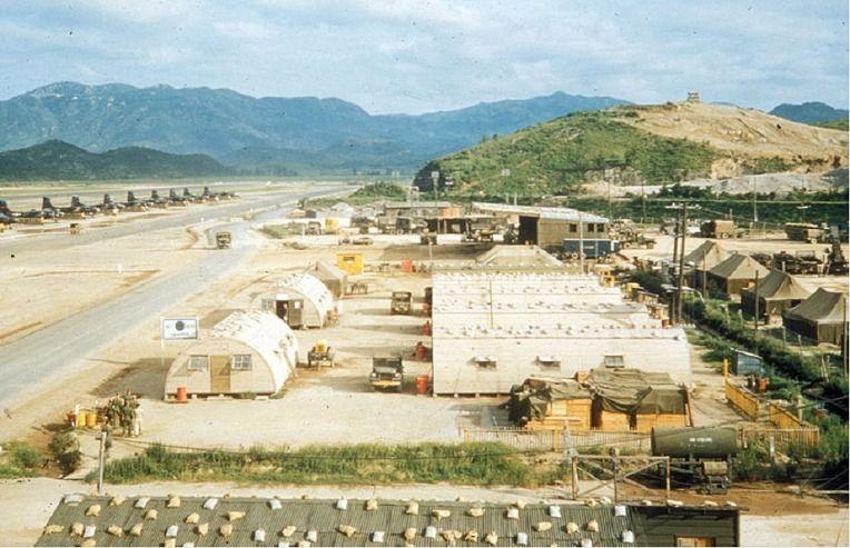 6.25 전쟁 당시 부산 수영 K-9 미 공군 기지 - 유용원의 군사세계