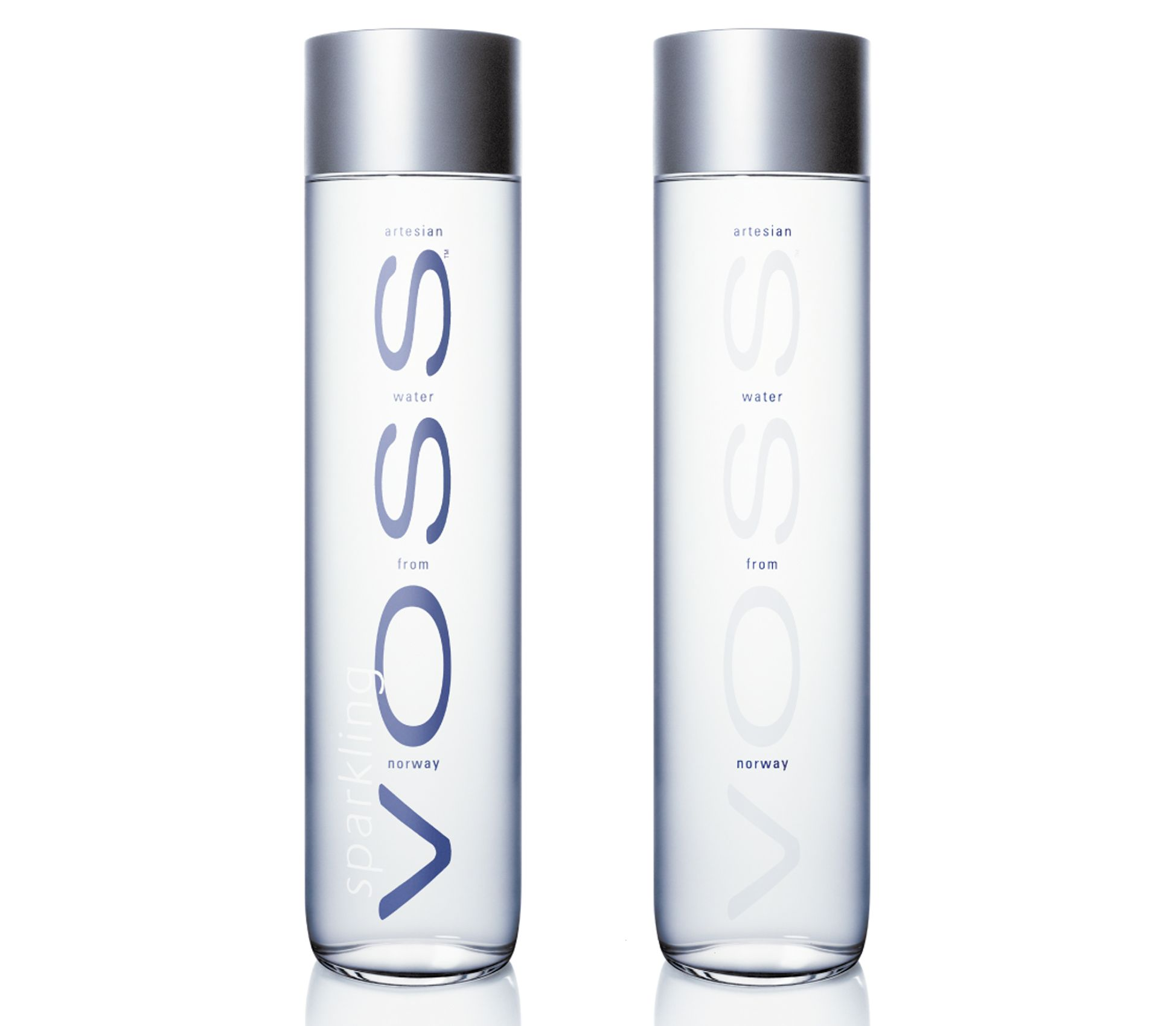 Voss Is A Company Which Products An Excellent Water The Package Is A Clear Cylindrical Glass Or Plastic Bottle The Name Is Set In Vertical On T 병 디자인 물병 미네랄