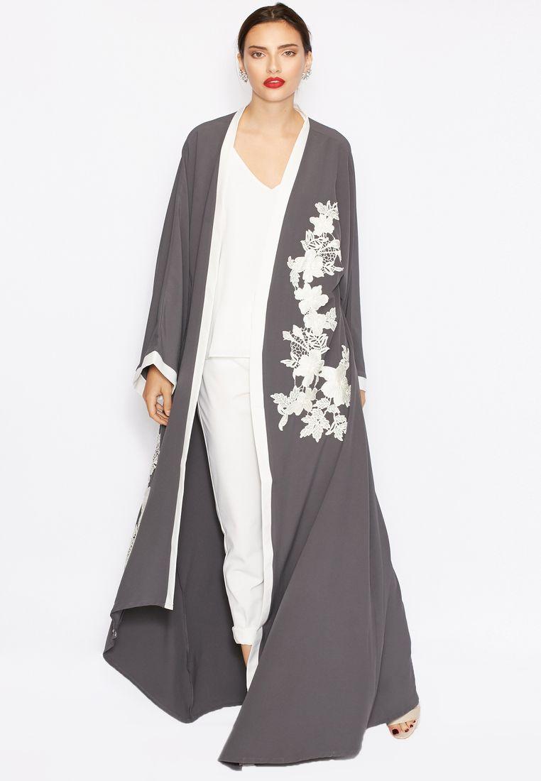 de61bb2f0d Embroidered abaya by Haya's Closet Kaftan Style, Arabic Dress, Sewing Coat,  Abaya Pattern
