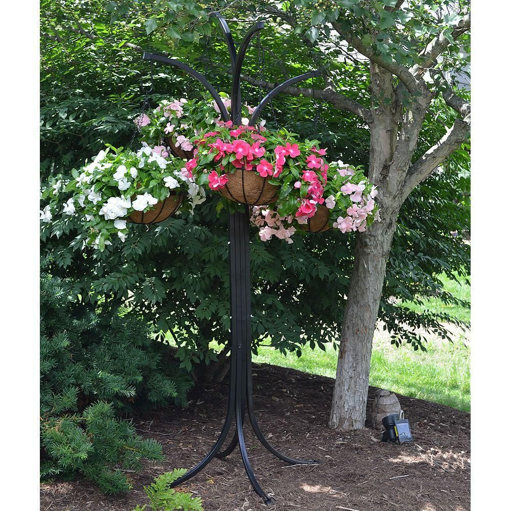 Gilbert 12 in metal hanging basket with tree
