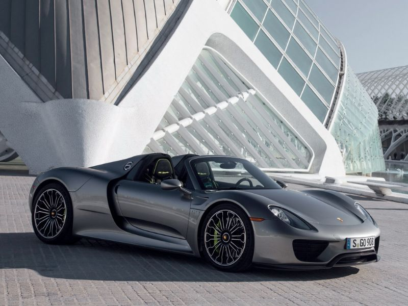 The New Porsche Black Edition Models Combine Alluring Specification With The High Aesthetic Standards Of Our Designe Super Cars Sports Cars Luxury Porsche Cars