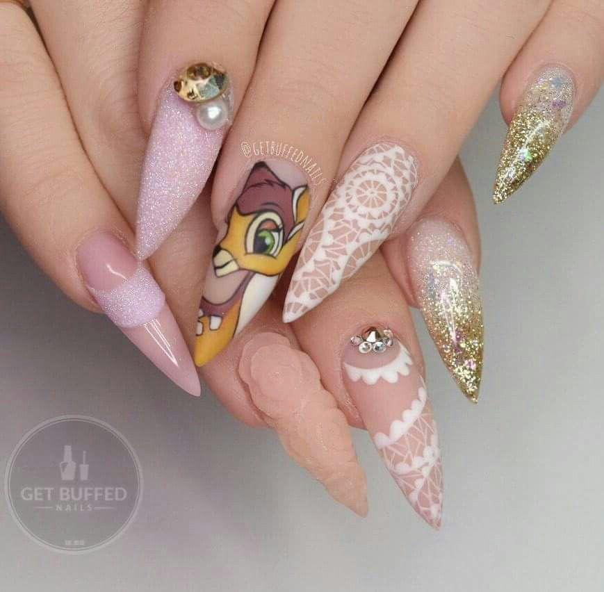 Pin de ĸιмвerly ғerвer 🦄 en ŋąıƖʂ   Pinterest   Diseños de uñas ...