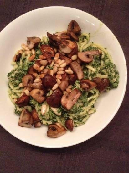 pasta met kip en spinazie en champignons