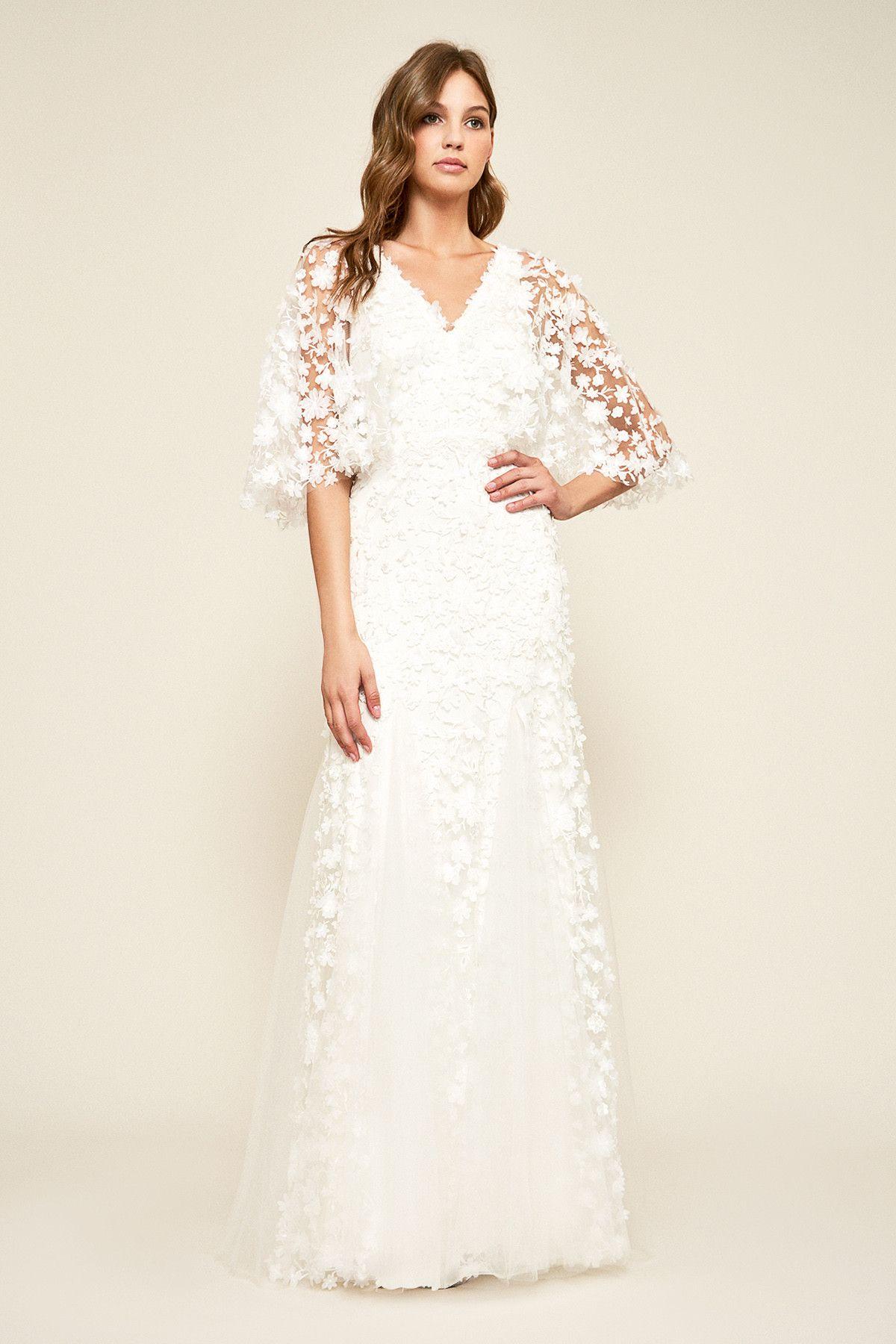 Wedding dresses tulsa  Tulsa Appliqué Gown  Tadashi Shoji  꽃드레스  Pinterest  Gowns