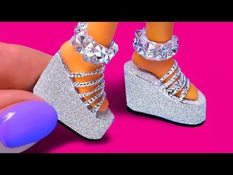 10 DIY Barbie Hacks: Mini Curlers, Soap Bubbles, Shoes, Cap and more!