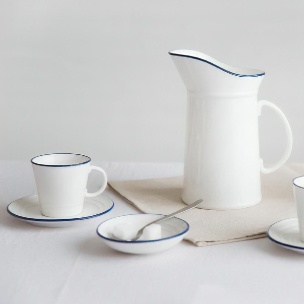 Minimalist Scandinavian dinnerware set, modern, unique ...