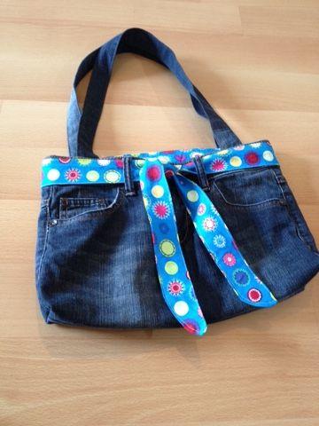 Siempre quise coser una bolsa con jeans viejos. Y ahora yo …